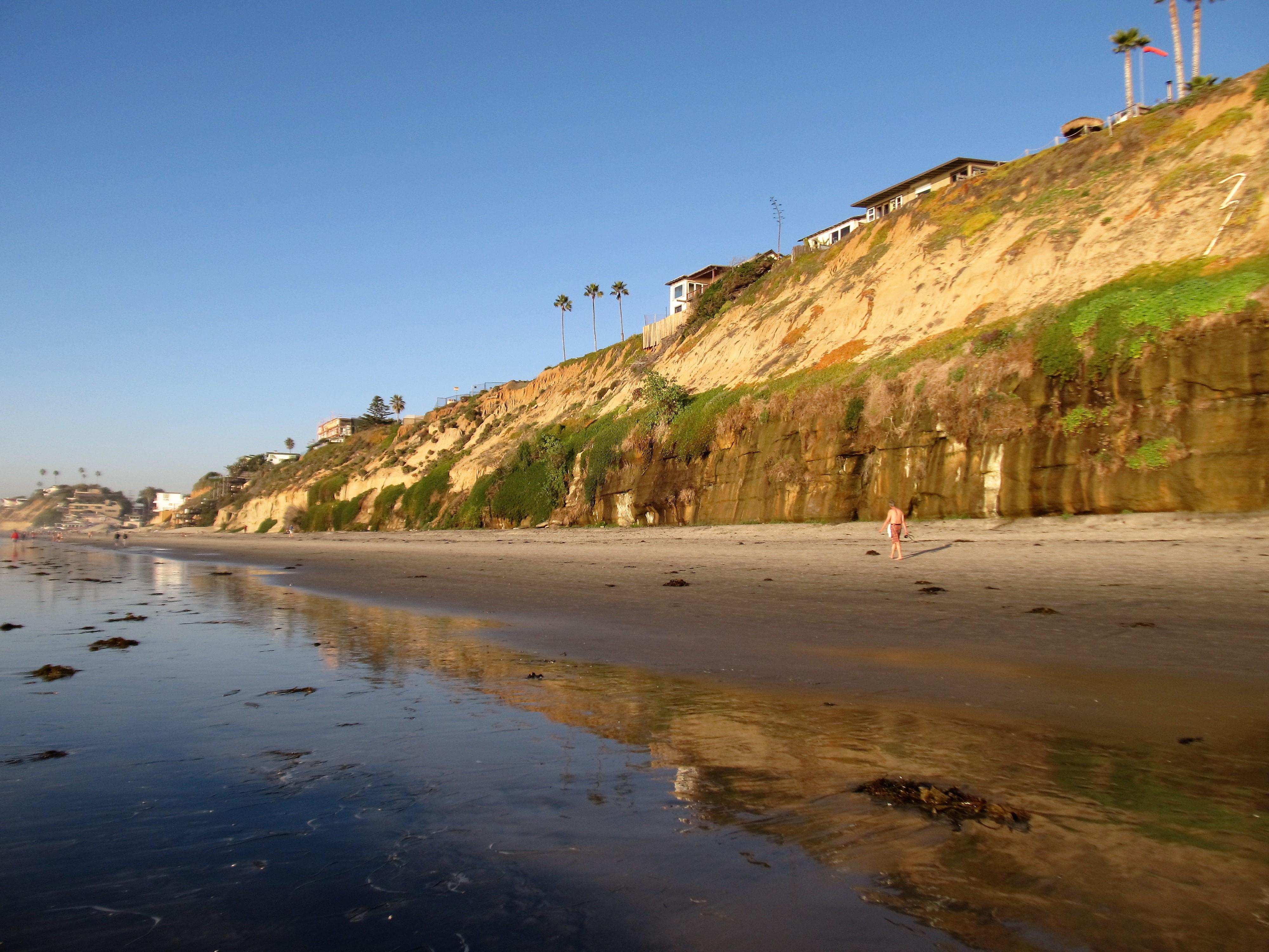 Boneyard Beach, Encinitas, CA - California Beaches