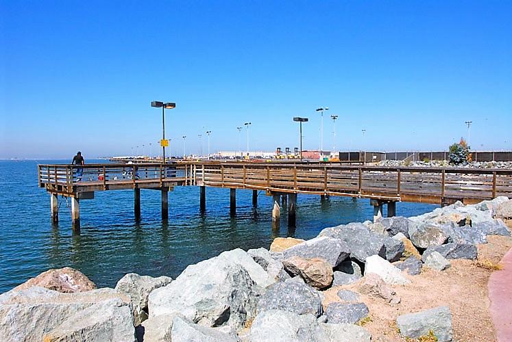 List of san diego fishing piers san diego beach secrets for Free fishing piers near me