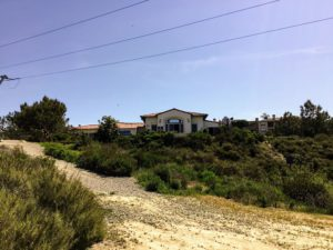 Agua Hedionda Lagoon Discovery Center from trail