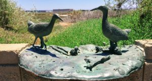 light footed Ridgeways Rail breeding pair statue