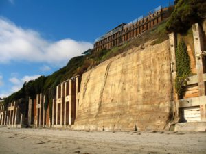 Encinitas Bluffs retaining walls best san diego hikes