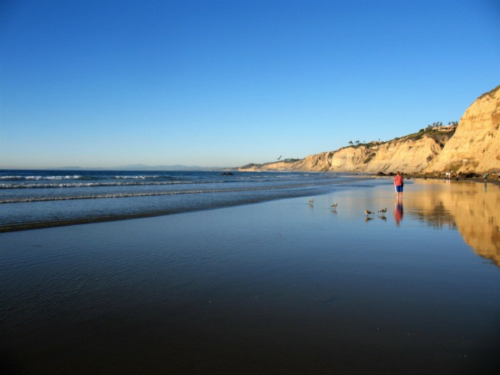 la jolla shores hike wet sand small waves