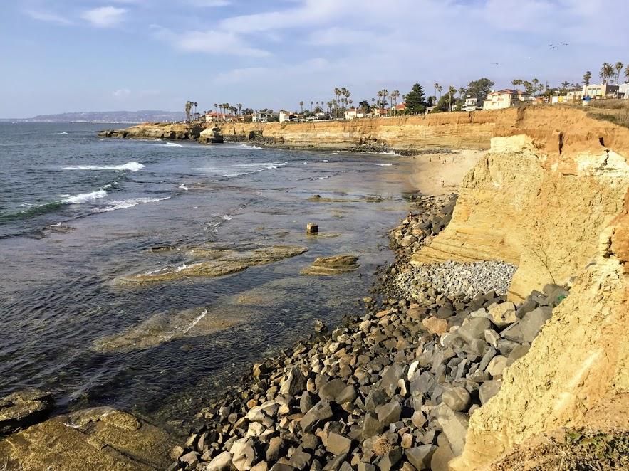 sunset cliffs bluffs ocean waves