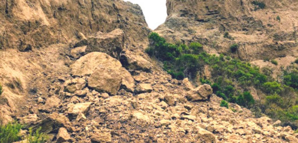 West rock slide san onofre bluffs
